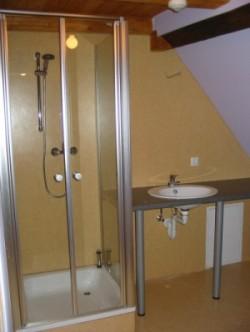 Neue Dusche im Gemeindehaus